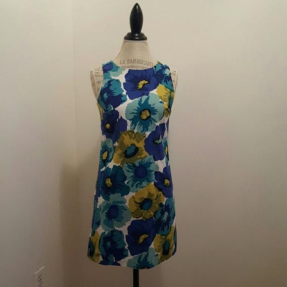 LOFT Dresses & Skirts - Beautiful floral dress Ann Taylor Loft